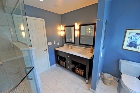 Blue Spruce Trail Bathroom