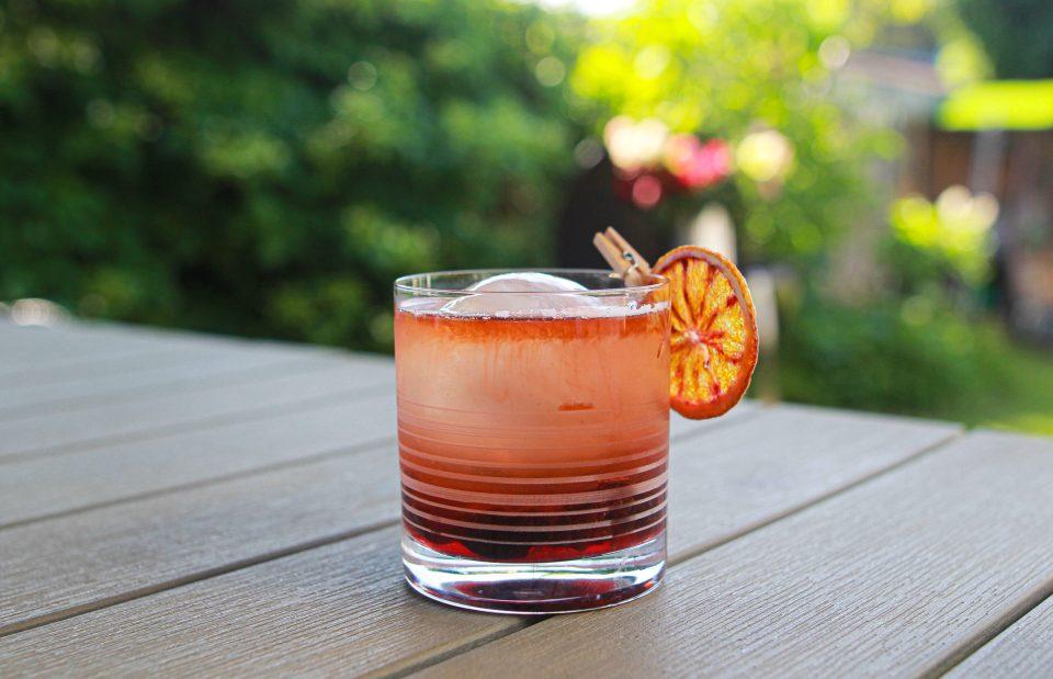 Smoked Cherry Old Fashioned - fredagsdrinken