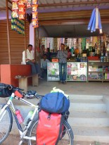 Stopped for a chai on the way up the hill to Madikeri