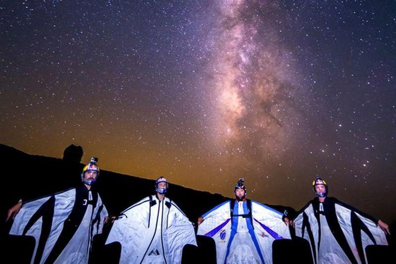 Затяжной прыжок экстремальных НЛО