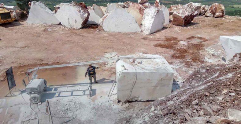 calatta white marble quarry