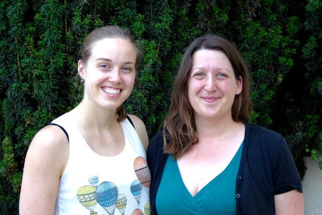 Hier ist ein Foto von Laura Zöckler von den Bürgerwerken und mir beim Interview zu sehen