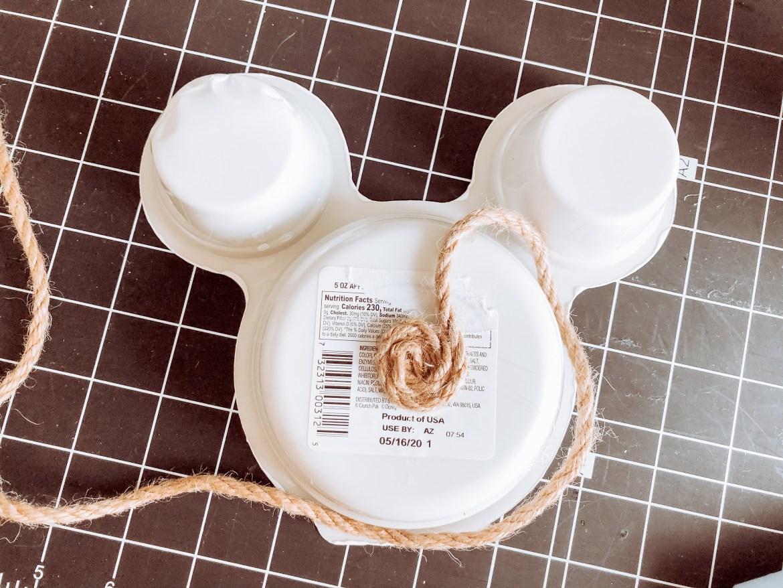 Easy Disney craft - DIY Mickey Mouse Basket
