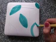 Techniki dekoracji: malowanie na surowym szkliwie, moje ulubione;)