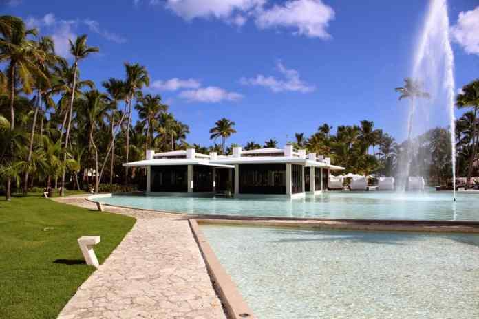 10 differences between budget and luxury hotel