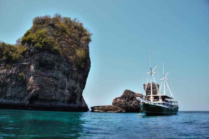 Merdeka Spa Boat Phuket
