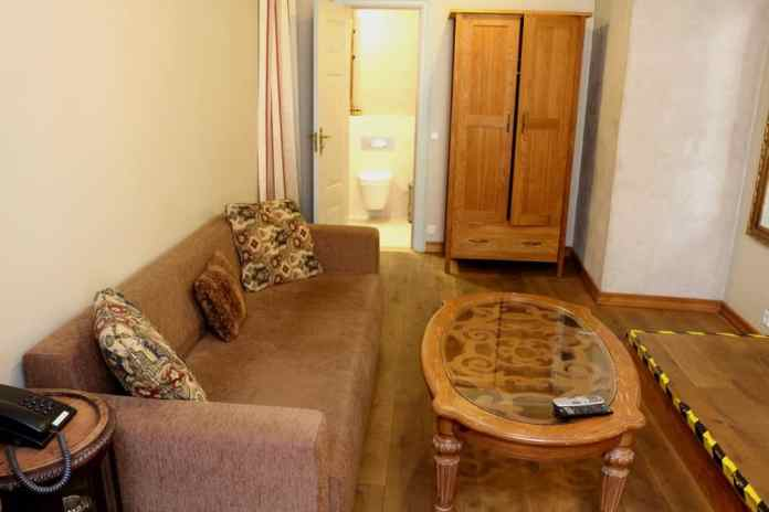 Deluxe double room in CRU hotel