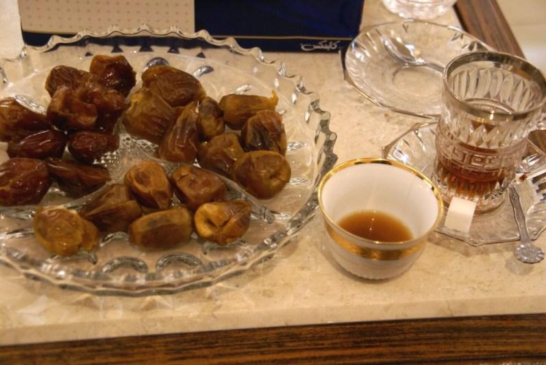 Klassisch: Dattel+Kaffee+Tee
