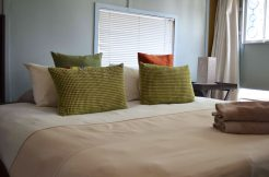 group-accommodation-oudtshoorn