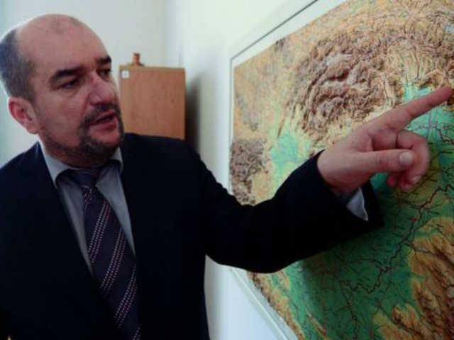 Magyar többségű választási körzet kialakítását kéri Kijevtől a KMKSZ