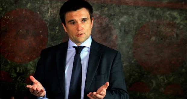 Pavlo Klimkin elítéli az Ungváron történt magyarellenes provokációt