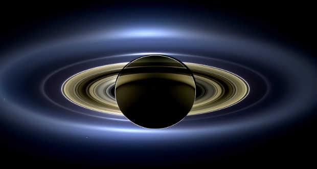 Óriáskrátert fedeztek fel a Szaturnusz holdján