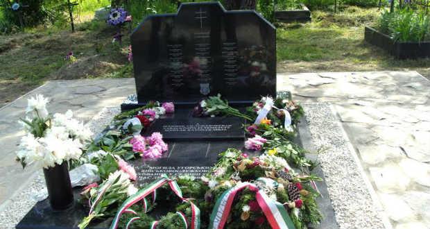 Magyar honvédeknek emeltek síremléket Taracközön
