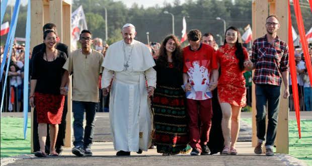 Ferenc pápa: ne féljetek hinni az új, a nemzetek közötti gyűlöletet elvető emberiségben