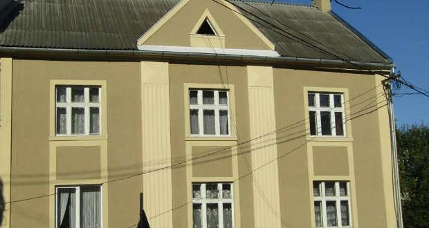 Restaurálás Ungvár történelmi központjában