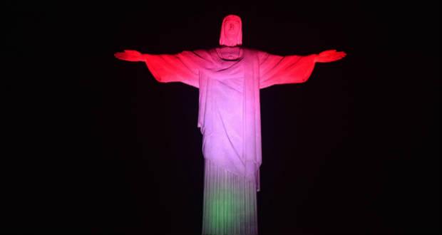 Magyar színekbe öltözött a riói Krisztus-szobor