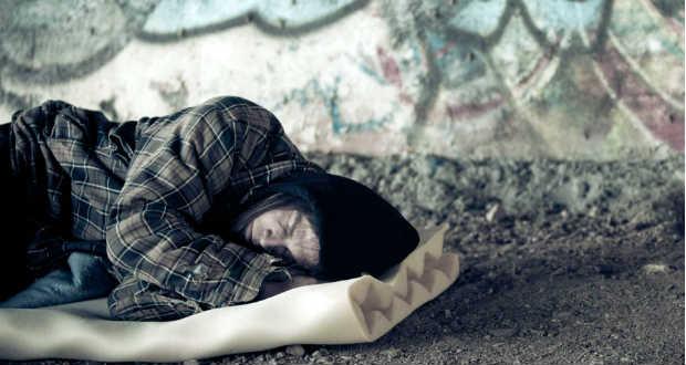 Hajléktalan emberek mutathatják be újra saját fotóikon Budapestet