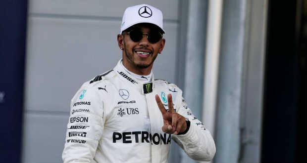 Szingapúri Nagydíj – Hamilton győzött és közelebb került ötödik vb-címéhez