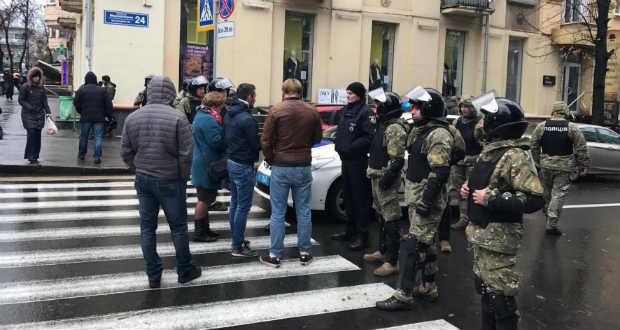 Őrizetbe vették  Arszen Avakov belügyminiszter fiát a korrupcióellenes iroda munkatársai