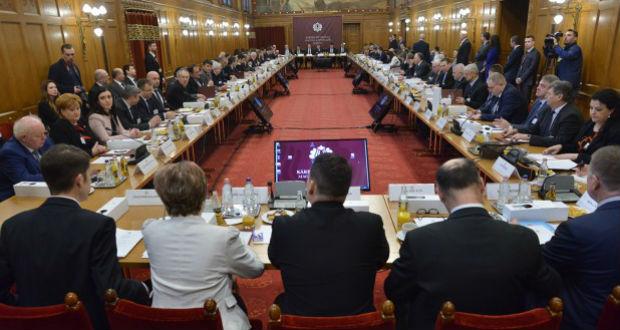 KMKF-ülés – Zárónyilatkozattal fejeződött be a plenáris tanácskozás
