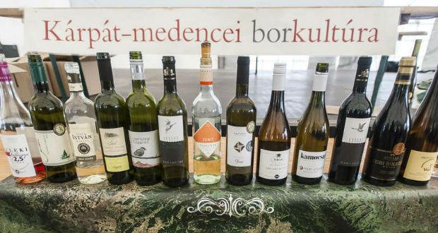 Tizennégy Kárpát-medencei borvidék borai a Nemzeti Múzeumban