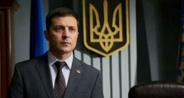 Zelenszkij beterjesztette a parlamentnek az államfő leváltását szabályozó törvényt