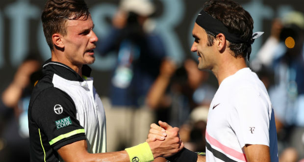 Szoros meccsen kapott ki Fucsovics Federertől