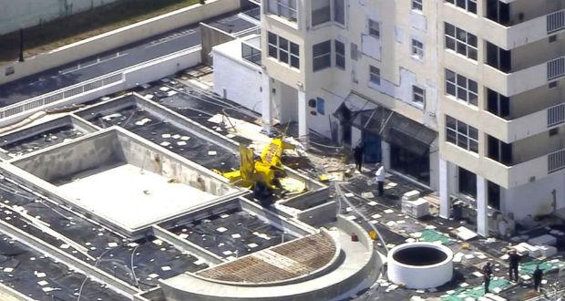 Többemeletes háznak ütközött egy kisrepülőgép Floridában