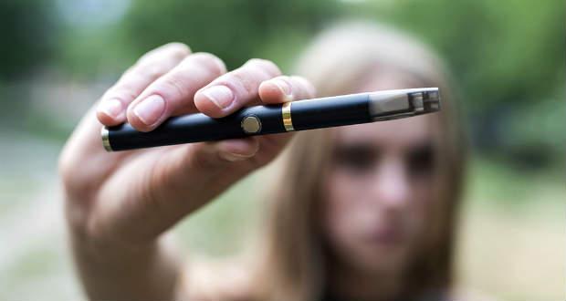 Károsíthatják a szívet az e-cigaretták