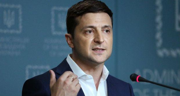 Zelenszkij a Majdanon megvert diákokkal akar találkozni