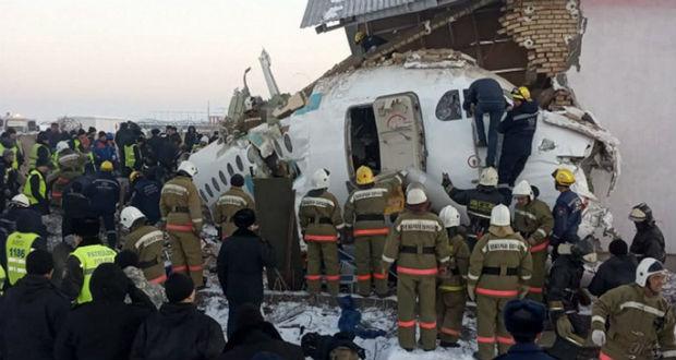 Felszállás után visszazuhant egy utasszállító repülőgép