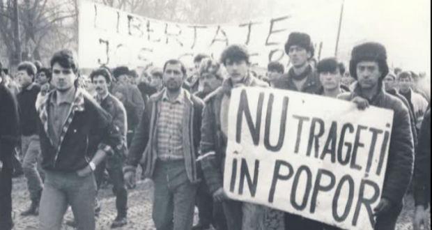 Az 1989-es romániai forradalom áldozataira emlékeztek Bukarestben