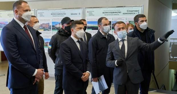Nagyszabású infrastruktúra-fejlesztést ígér Zelenszkij a kárpátaljaiaknak