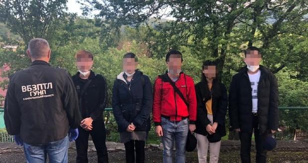 Illegális bevándorlókat fogtak el a Kijev-Csap autóút mentén