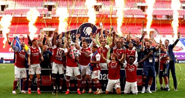 Kupagyőztes az Arsenal, bajnokot vert az AS Roma