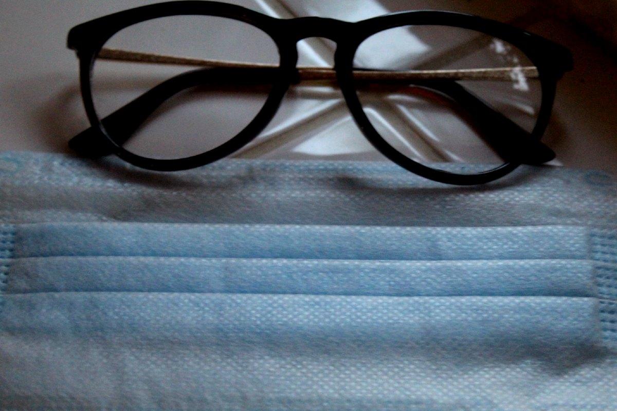 szemüveg szájmaszk