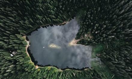 Kárpátalja ma: a Szinevéri-tó madártávlatból