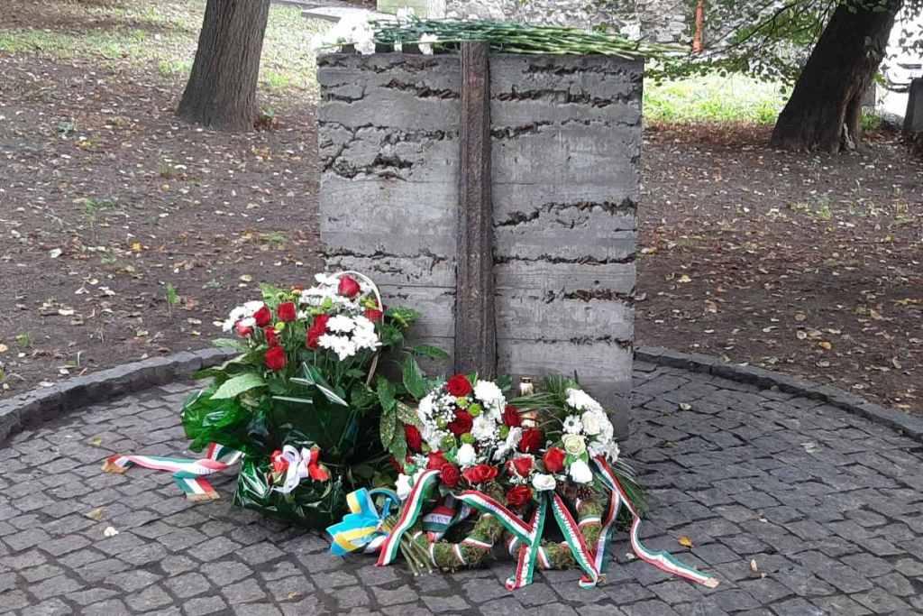 1956-os megemlékezés Ungváron