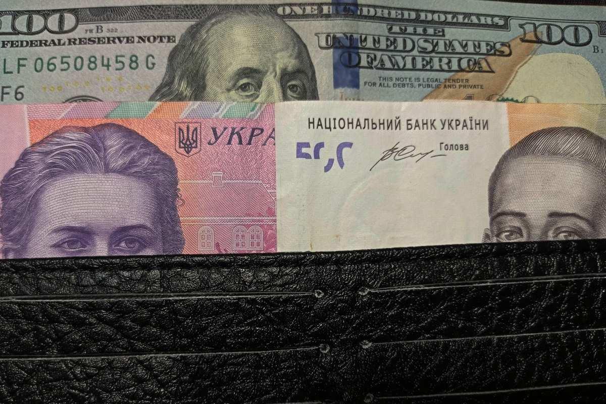 dollár hrivnya pénztárca