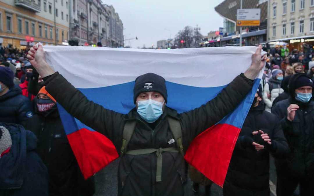 Tömegtüntetésre készülnek Navalnij hívei