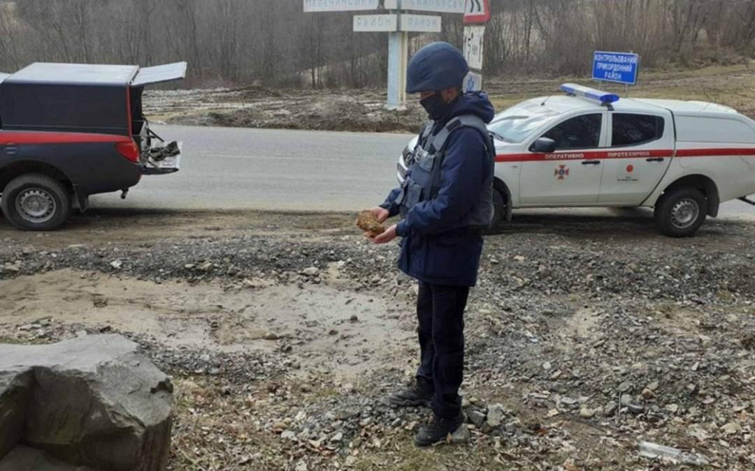 Robbanószerkezetet találtak a Perecsenyi járásban