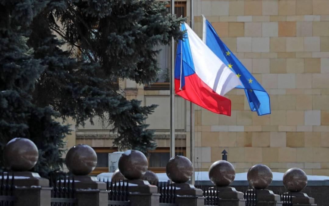 Bekérették a prágai orosz nagykövetet a cseh külügyminisztériumba