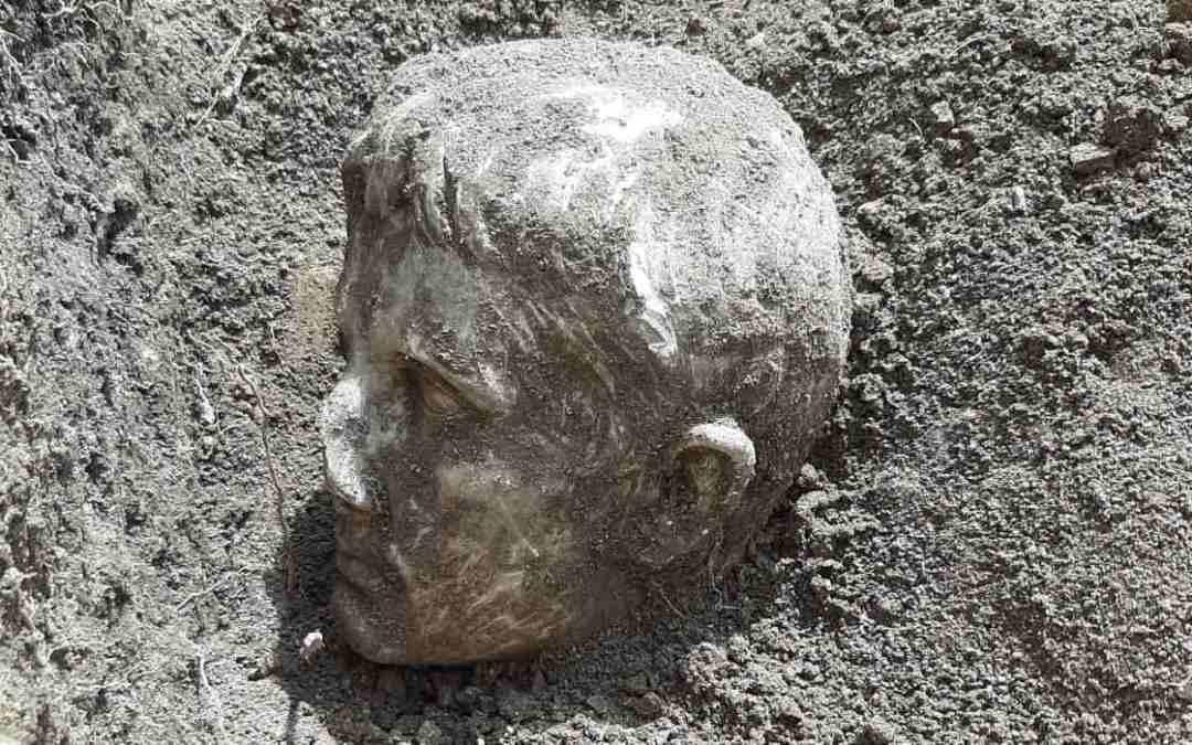 Róma első császárának kétezer éves márványszobrára bukkantak
