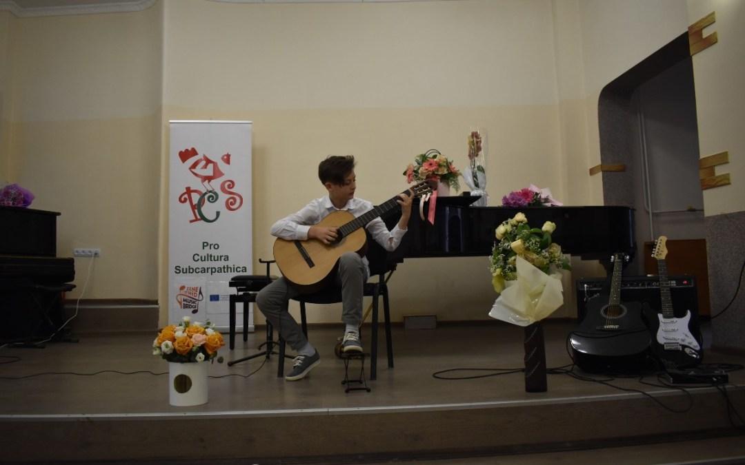 A Beregszászi Kodály Zoltán Művészeti Iskola bemutató koncertje