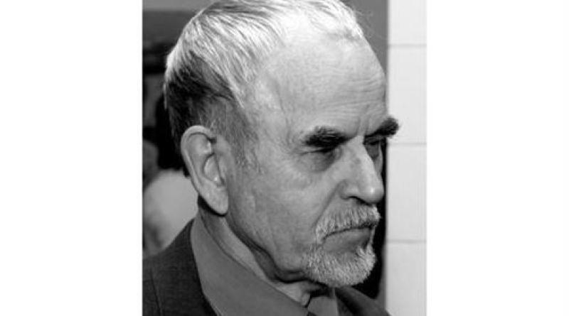 В.П.Грачев - скульптор, автор памятника «Павшим за власть Советов»