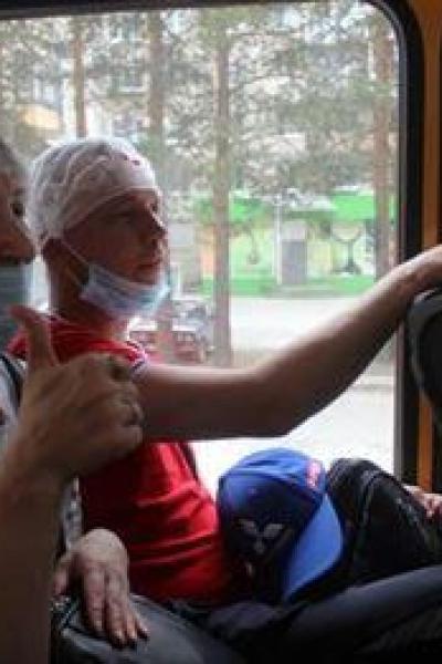 Автобусная экскурсия Ведь с нами доктор Плюшева