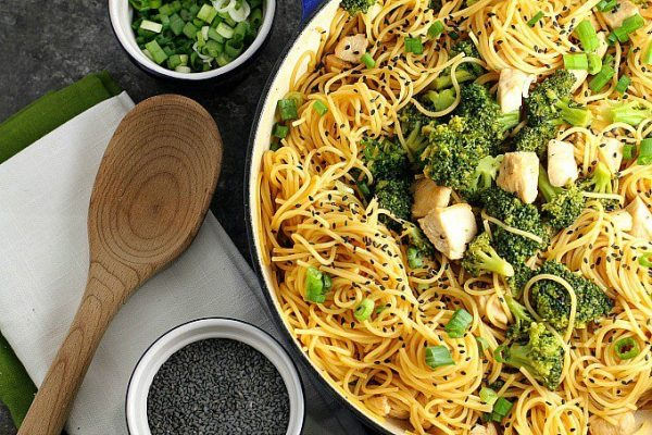 A Dish Of Daily Life Sesame-Noodles-green-onions-and-sesame-seeds-on-the-side