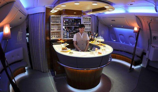 emiratesa380businesssclass