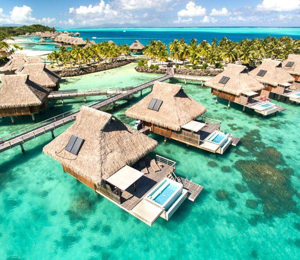 Pool-Overwater-Villas