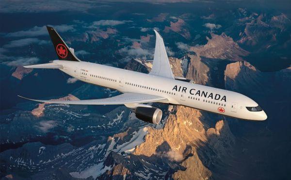 Air Canada plane